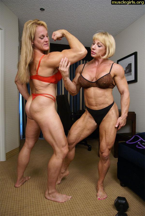 Nude muscle women wrestling-5680