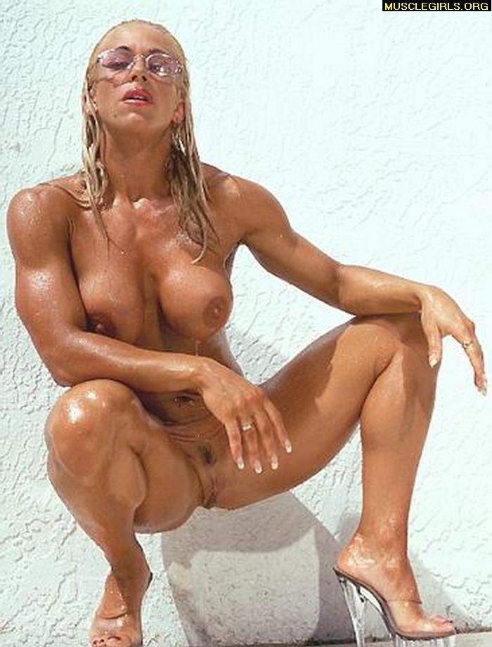 FREE Nude Muscle Women - female bodybiulder porn